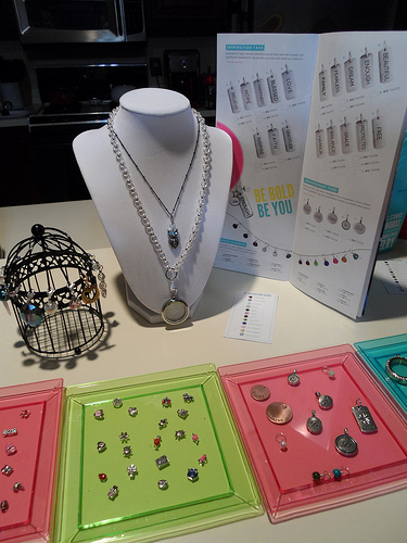 Origami Owl Display