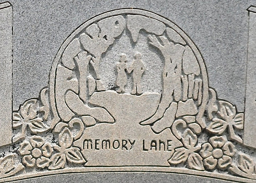 G&G Headstone Detail - Poetry 41